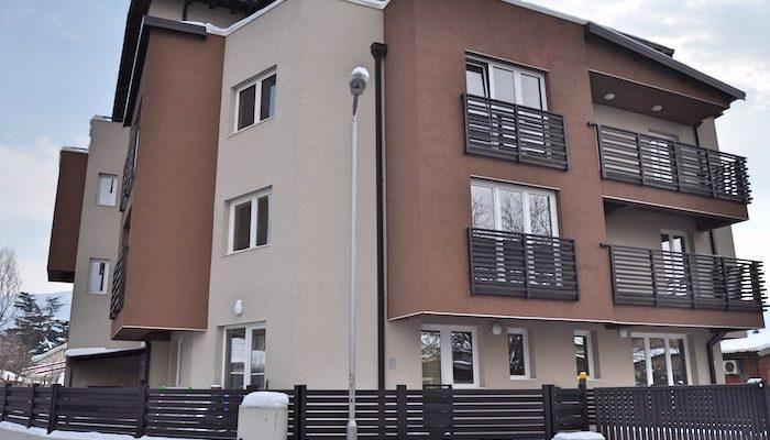 Residential building in Vlae, Karpos